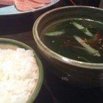 豊田屋本店 - ごはん、キムチ、スープのAセット