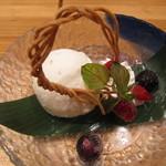 38951306 - 布海苔蕎麦のアイス