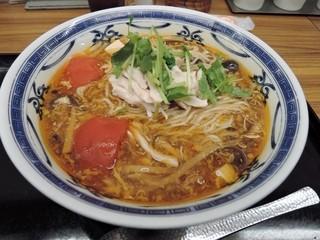 おかゆと麺のお店 粥餐庁 京王モール店  - 蒸し鶏ときのこのサンラー麺650円(税込)