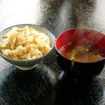 松茸山 別所和苑 - 松茸ご飯ときのこのお吸い物