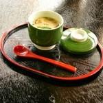 松茸山 別所和苑 - 松茸の茶碗蒸し