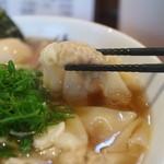ShiNaChiKu亭 - 料理写真:醤油特らーめん、ワンタン