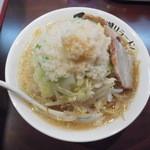 みちる屋 - 料理写真:みちるめん+野菜多め脂ビタ