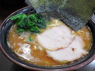 杉田家 千葉店 - ラーメン中盛