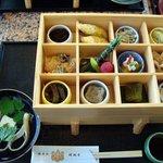 醐山料理 雨月茶屋 - 醍醐の四季「一味膳」二段