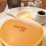 38982182 - クラシックバターパンケーキ