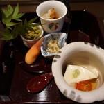 雅味 近どう - 料理写真:水だこの梅肉和え、十六ささげの胡麻和え。おから、三日月豆腐、ミョウガ寿司