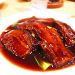 慶福楼 - 角切り豚肉の醤油煮込み 1,600円