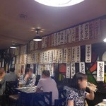 田原坂 - 店内、なかなか盛況です