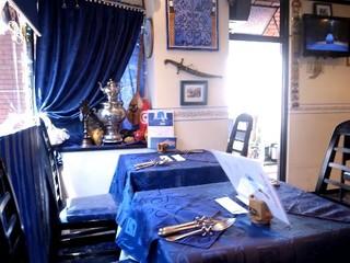 ラジュール - 青と白を基調とした綺麗な店内