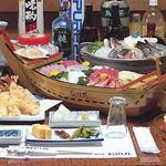 屋形船石川丸 - 新鮮な魚介類、アツアツの天ぷらなど四季折々の料理を