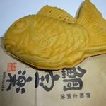鯛宝楽 - 料理写真:鯛焼き黒あん。