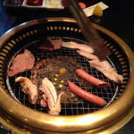 焼き肉膳 らく - 豚トロ・ウインナー・地鶏・タン塩
