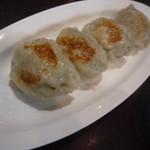 くるみ屋dining - オリジナル餃子1個 93円