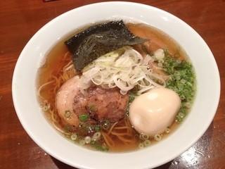 ジュンタ - 煮干醤油(720円)+味玉(100円)