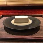 茶菓円山 - 真葛羹 (まくずかん) 600円
