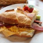 39012257 - グラウビュンデンサンド フランスパン オリジナル 950円