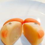 39014335 - 上生菓子(父の日バージョン)                       半分にバッサリ…痛‼︎