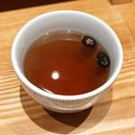 天丼 金子屋 - 黒豆茶 (2015/06)