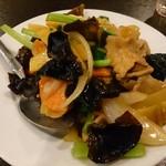 栄翔 - 豚肉ときくらげの卵炒め