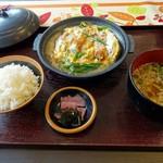 フルール東山 - 料理写真:かつ煮定食