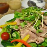 グリエ タニグチ - とやまポークの冷しゃぶサラダ