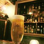 レスカモトゥール バー - 生ビール 700円