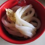 サララ - おうどん。麺は交互にでるみたい。