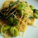 39040212 - パスタ 空豆と小松菜のスパゲッティ~アンチョビ風味~