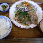 喫茶&レストラン フェニックス - 料理写真:生姜焼き