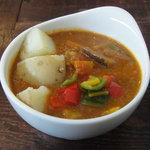 芝町カフェ - 彩り野菜のポークカレー