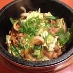 39051719 - 石焼とん丼ビビンバ