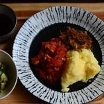 コレリ - 週末限定アフリカ料理ランチ☆予約要(ザンビアのシマ)