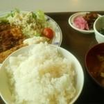 港区役所 レストランポート - 日替りA定食