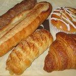 ルビアン - 半値以下の特価パン詰め合わせ。