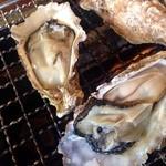 浜茶屋 やましょう - 牡蠣も焼きます