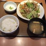 やよい軒 - 肉野菜炒め定食 2015.06