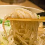 39062727 - 「隼人の塩」麺は2種類から選べます。今回は「全粒麺」