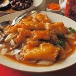 随園別館 - 白身魚のオイスターソース煮