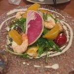 牡蠣と地中海料理 ALEGRIA - サラダ꒰ ♡´∀`♡ ꒱