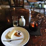 喫茶ミンカ - ケーキとアイスコーヒー