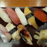 宝生寿し - Aランチ 上寿司9貫です