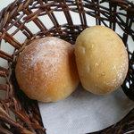 マーレ・デッラ・パッスィオーネ - 焼き立てパン