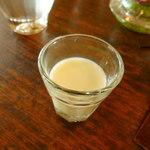 GENJIRO - 一口サービスの絞りたてのミルク
