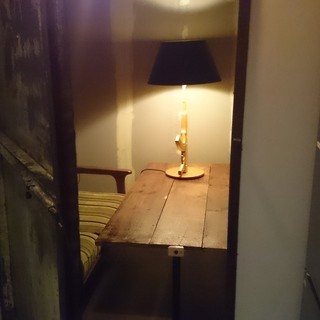 人気の秘密の隠れ個室有り!!要予約です