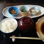多きち - 料理写真:煮魚定食¥1050