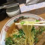 金久右衛門  - 金醤油 細麺 バリカタ