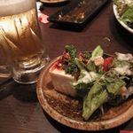 こすぎ畑 - 生ビール/ピリ辛奴/温玉アボカドシーザーサラダ
