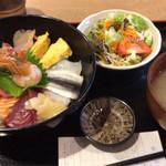 39074846 - 海鮮丼