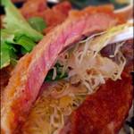 ウエストウッド - ステーキ丼の肉